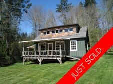 Thetis Island 1.36 Acres with ocean view and summer cottage for sale:   600 sq.ft. (Listed 2019-06-03)