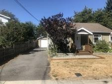 Duncan Renovated 2bdr Home, detached double garage & large lot for sale:  2 bedroom 772 sq.ft. (Listed 2017-08-22)