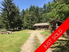Thetis Island 8.94 Acres with Cottage and Studio  for sale:  1 bedroom 1,091 sq.ft. (Listed 2019-03-10)